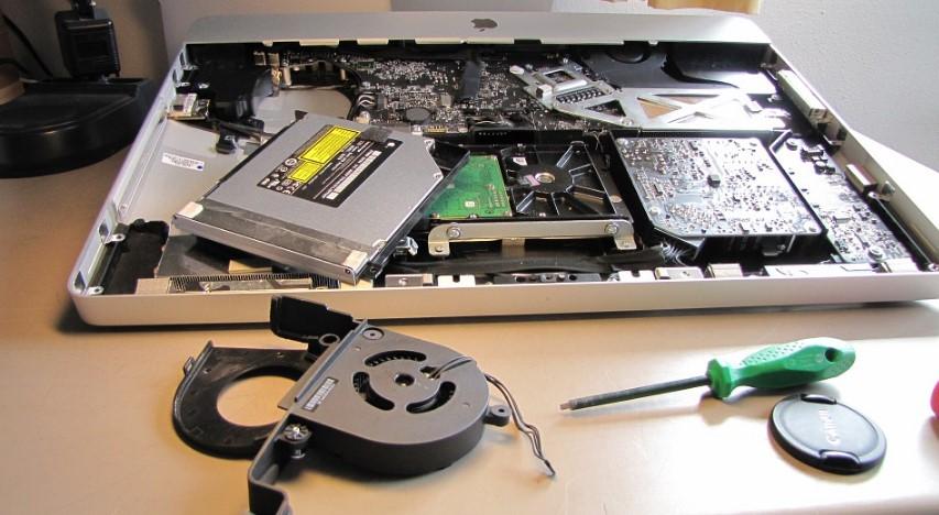 Računalo - komponente